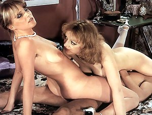Free Moms Classic Porn Pictures