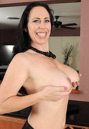 Free Ugly Moms Porn Pictures